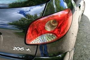 +'et betyder flere år på markedet, færre airbags og diodelygtelook i baglygterne.