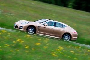 Panamera er en fremragende bil hvor kun designet ikke sidder lige i værktøjsskabet!