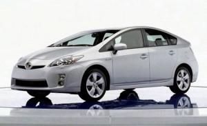 Toyota Prius hitter i Japan, men i USA går det skidt for de ellers usårlige japanere.