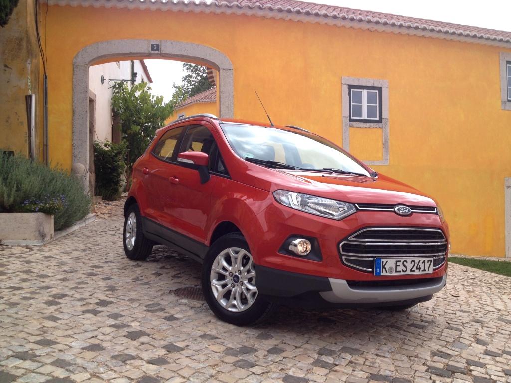 Den er ikke lige så elegant som resten af de europæiske Ford'er, og det understreges af køreoplevelsen...