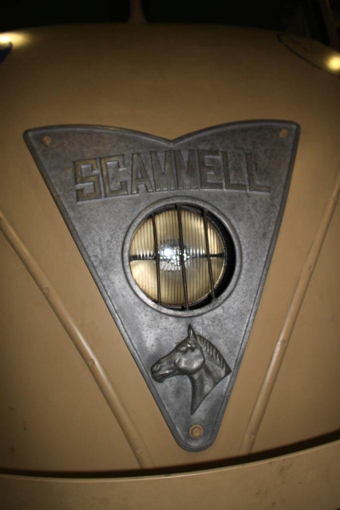 Den er god nok - navnet er Scammel - uhyggeligt tæt på skrammel...