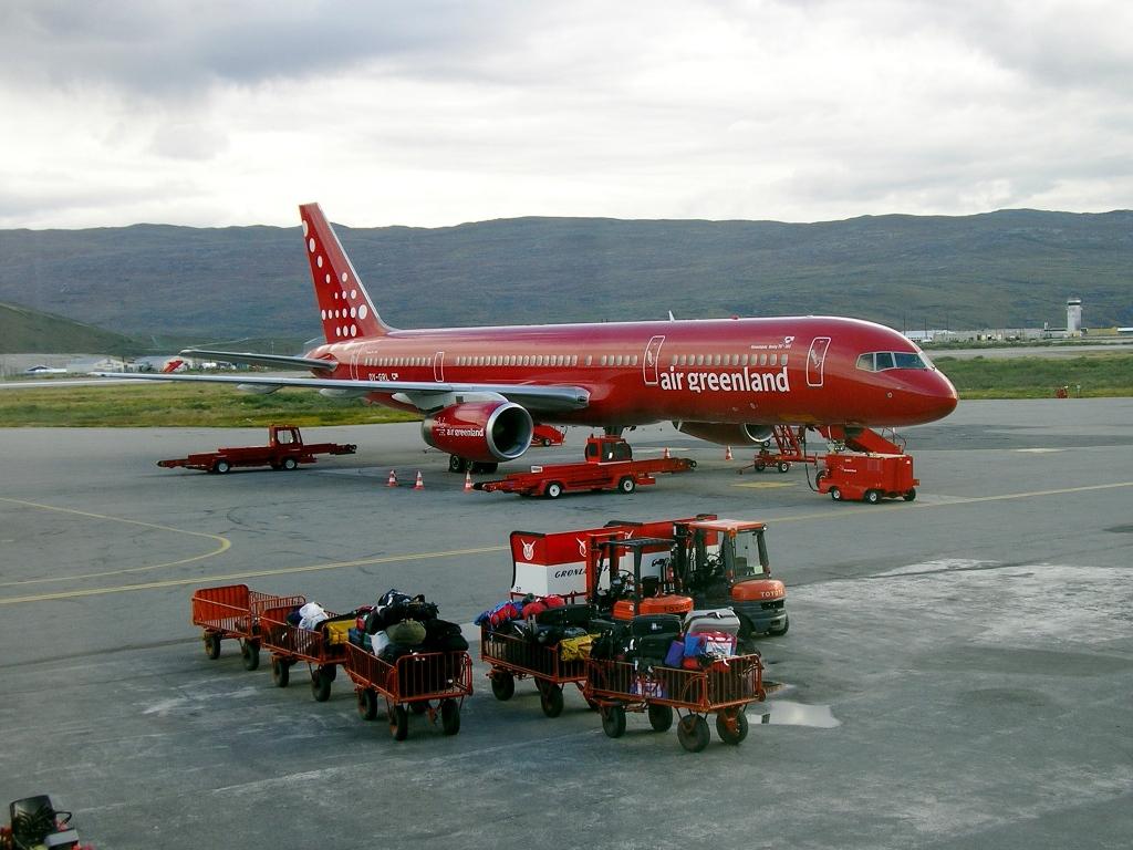 Air Greenland leverer suveræn service i 10.000 meters højde. PR FOTO