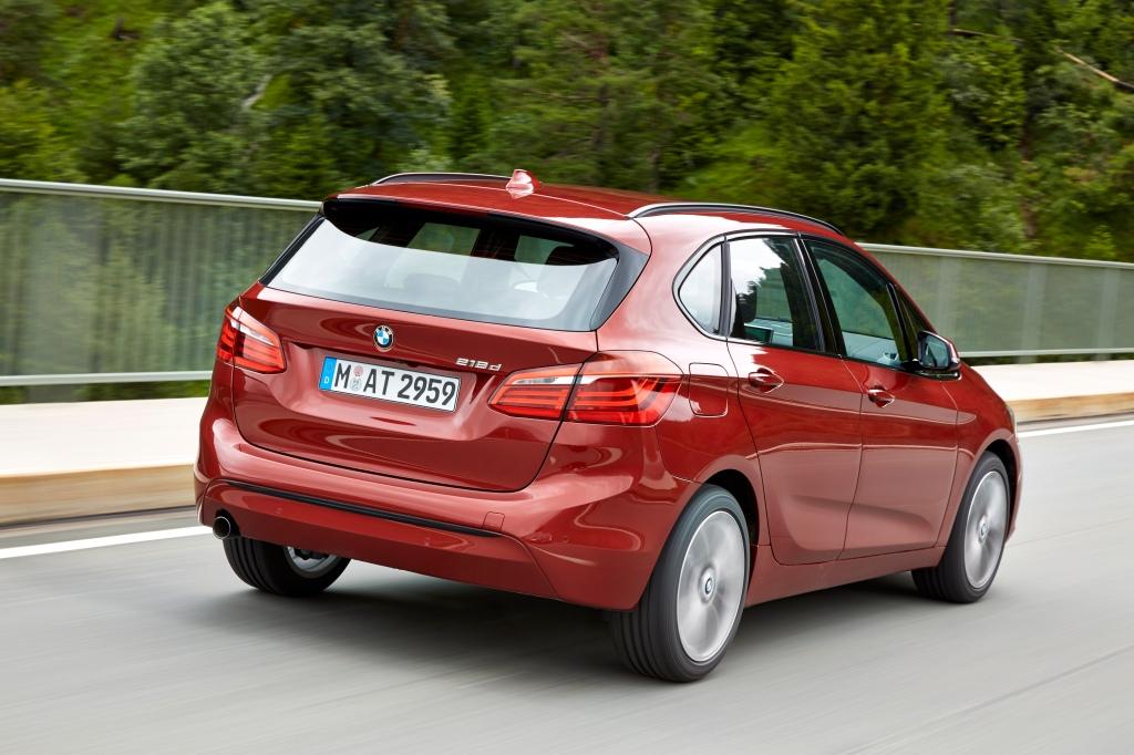 Klassisk BMW snit til baglygterne, men MPV-højden afsløre, at dette er mere end bare en 1-serie taget med kop. Foto - PR