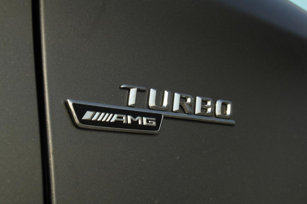 Turbo på en to-liters maskine istedet for brølende V8'ere. Det er nye tider hos AMG i Affalterbach.