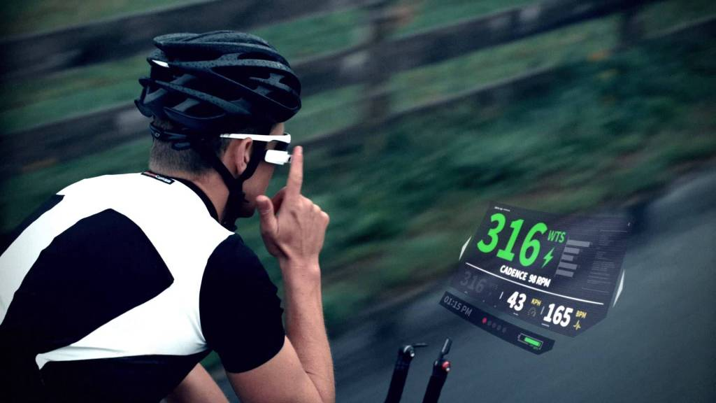 Med Recon Jet får du alle dine cykeldata direkte op i synsfeltet. Og den er på markedet om et par måneder!
