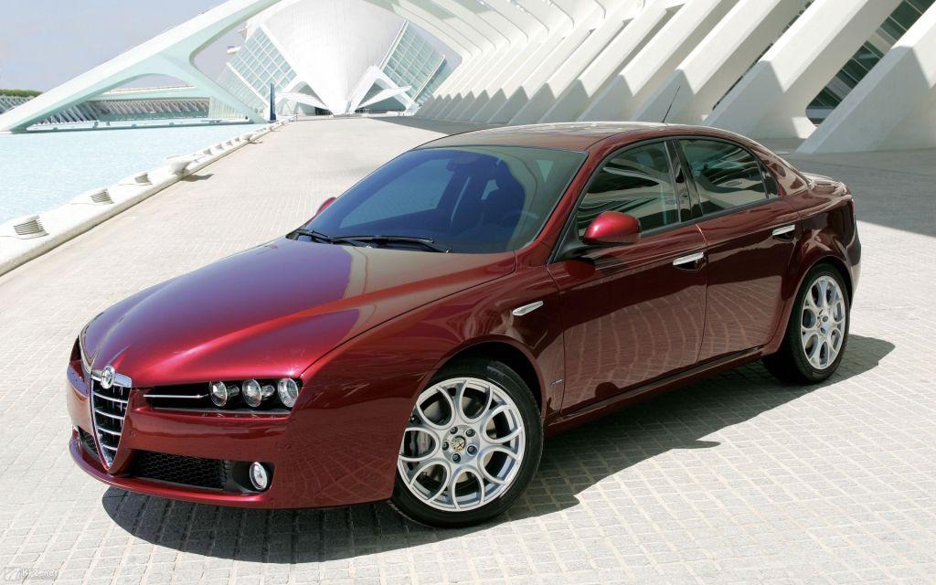 Alfa Romeo 159 var gudesmuk, men til sidst var den gammel og kunderne sivede, så i 2011 blev den udfaset. Men vi venter stadigvæk på afløseren...