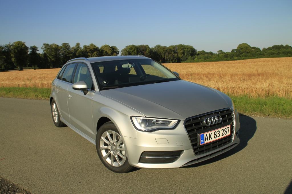 Kun kendere kan se, at det her er en Audi Ultra-model. Øko-fælge, et anderledes sideskørt og en minimal sænkning afslører den.