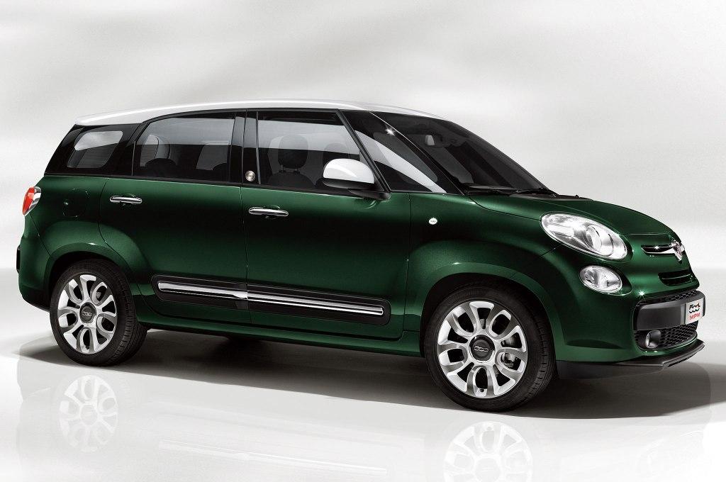 I dag ligner næsten alle nye Fiat-modeller en Fiat 500, men holder det i længden? Er denne her Fiat 500L Living ikke at tage den idé skridtet for langt? Jeg mener - fint med 500 som en slags Mini-brand indenfor Fiat, men i dag ligner Fiat mere end fodnote til Fiat 500 familien.