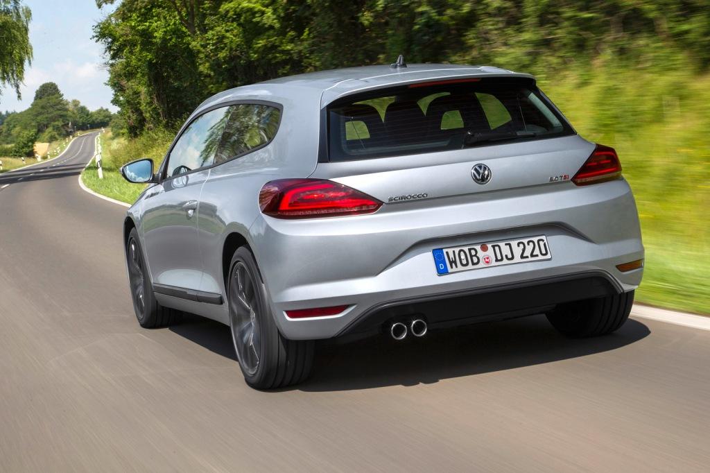 Læg mærke til de meget stramme vandrette streger på hækken. Mere markerede linjer er et klassisk 2014 VW-design-greb...