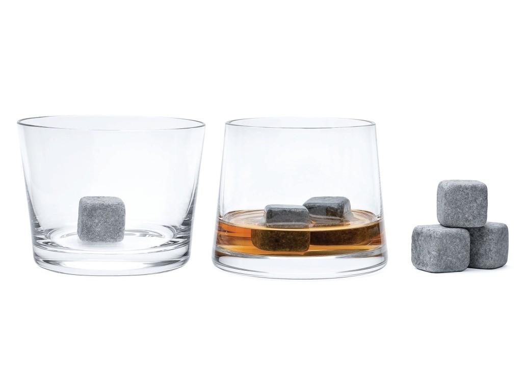 Nogle mener, at isterninger fortynder whiskyen unødigt. til dem er et par af disse granitsten - efter en tur i fryseren - den perfekte løsning. Køler uden at fortynde...