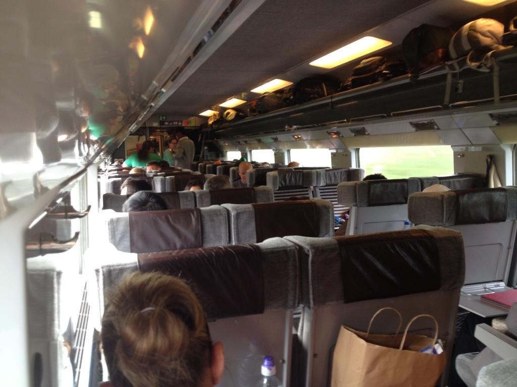 Det er knapt så charmerende, som man kunne have håbet på. Eurostar-toget får faktisk de gamle IC3-toge til at fremstå moderne og funky