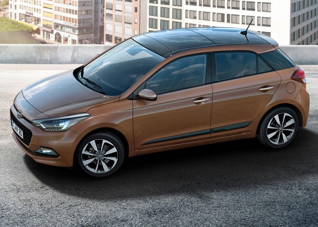 Den ser fornuftig ud, kommer givetvis til at køre som at stikke tungen ud ad vinduet og levere masser af værdi for pengene. Så mon ikke den nye Hyundai i20 bliver en dansker favorit?