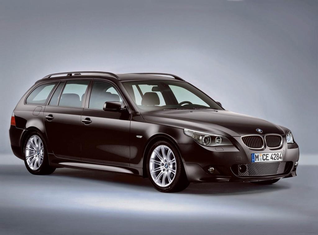 Den store BMW er elegant ligemeget fra hvilken vinkel. Læg dertil baghjulstræk og et stort bagagerum, og den slår en Mercedes E-klasse fra samme årgang med længder. (MODELFOTO)
