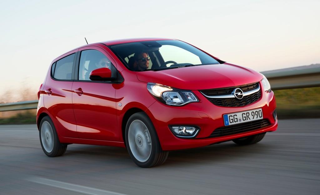 Lille og elegant med fem-døre og et tydeligt Opel-design. Det er næsten ikke til at se, at Karl er baseret på Chevrolet Spark. I hvert fald ikke forfra. (PR-FOTO)