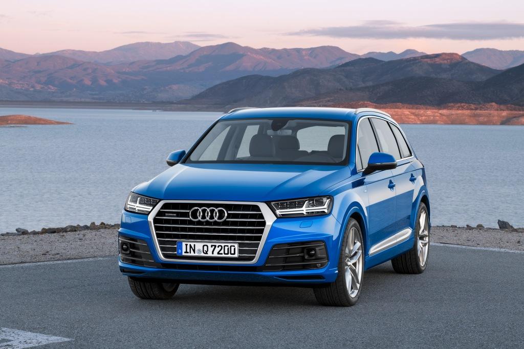 Den er blevet mere kantet, mere maskulin og mindre elegant. Men stor er den stadigvæk, den store Audi Q7.