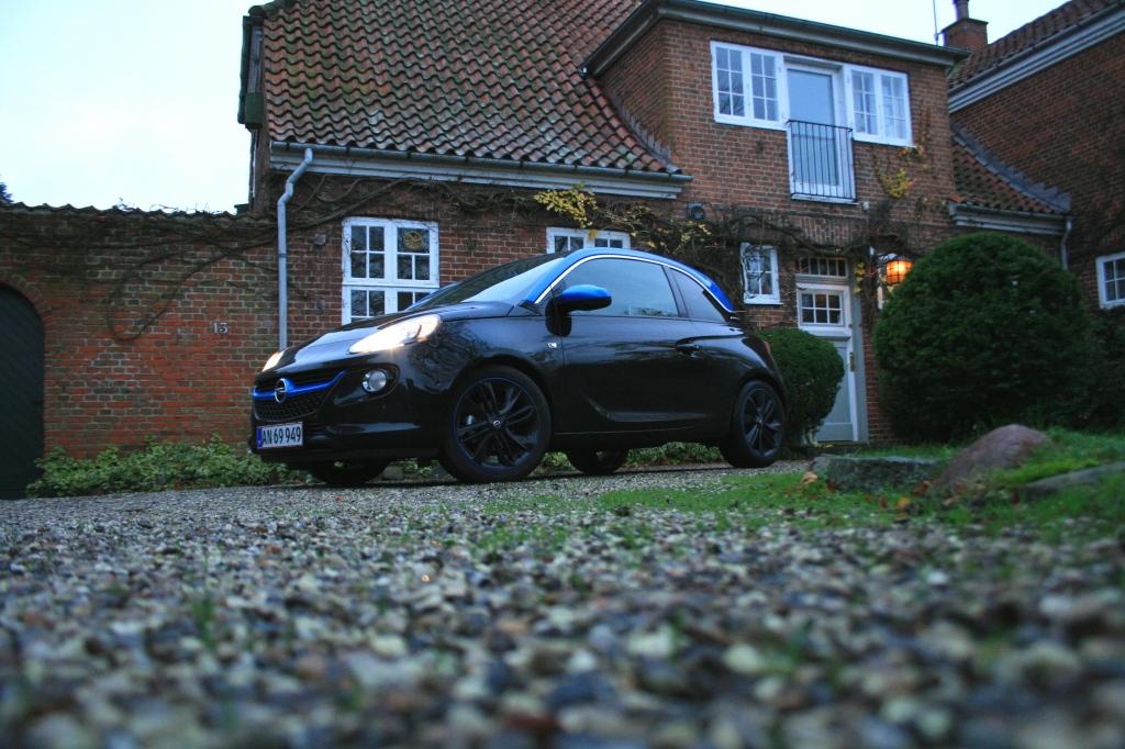 Opel Adam har fået turbo, og så sker der noget. Endeligt. For guderne skal vide, at de første motorer var tammere end en 14-årig halvblind hønsehund...