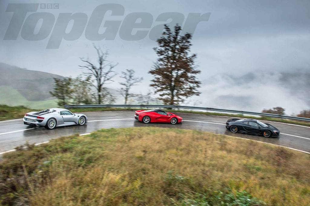 Top Gear Magazine har samlet det ultimative trekløver til en test i Italien. Porsche 918 Spyder imod LaFerrari imod McLaren P1! (Billede af Top Gear Magazine)