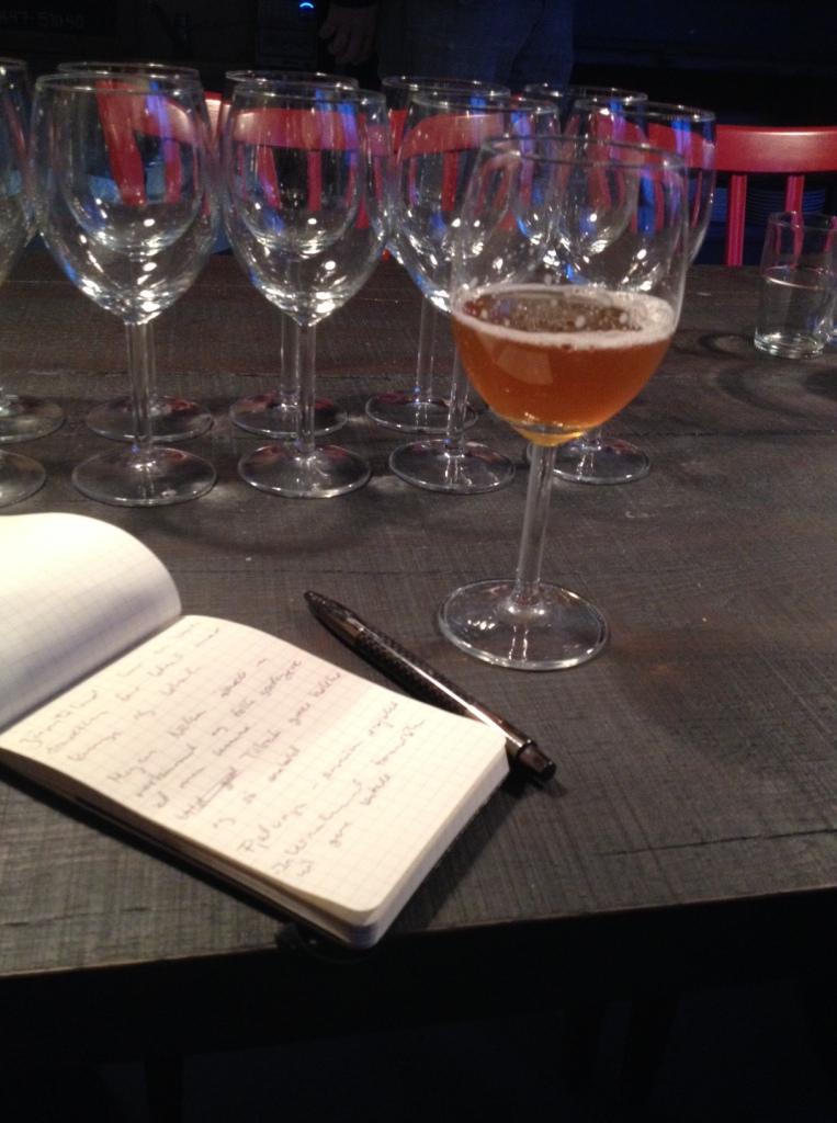 Der noteres detaljer om Åre, Daniel og den gode øl, for jeg er jo trods alt på arbejde.