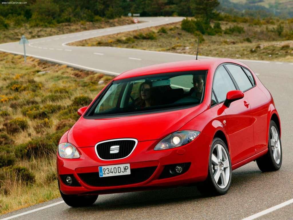 Seat Leon landede i anden generation i 2005 med dette også kraftigt Tango-inspirerede design. Den leverede Golf-teknik i et skarpere design, men kunderne gik aldrig helt amok over den.