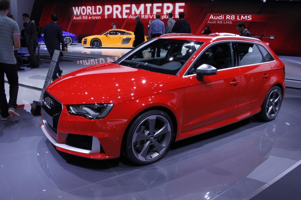 ÅRETS MUSKELBUNDT: Audi RS3 med 367 hk sætter ny hk-rekord i lille mellemklasse...