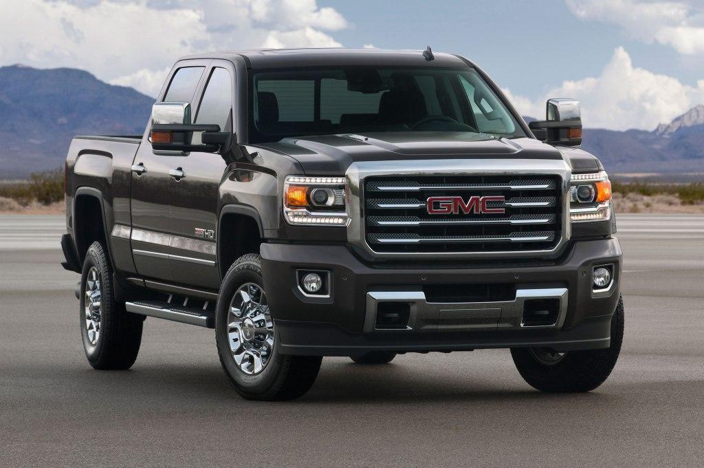 GMC Sierra er den lidt oversete trucks. Men GMC er fokuseret trucks-producent, og jeg er svært begejstret for bilens fuck y'all attitude. (PR-FOTO)