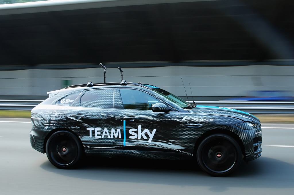 Jaguars performane-SUV der skal slås med Porsche Macan.