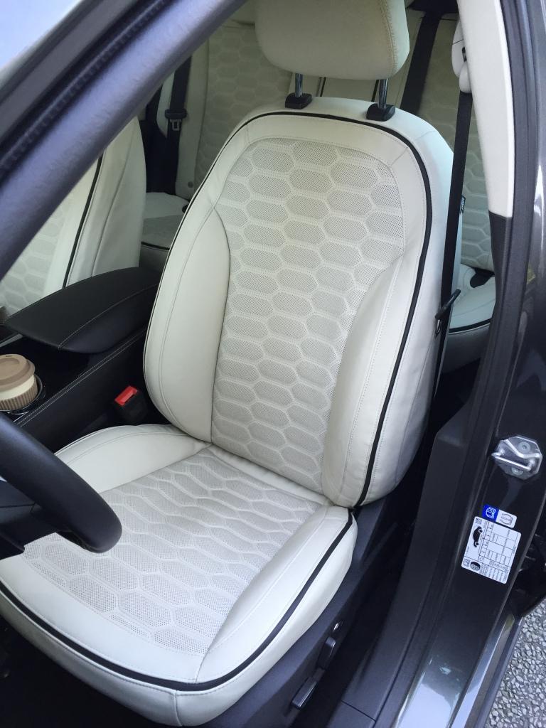 Læderet er ekstra tykt i Vignale. Af taskekvalitet bedyrer Ford - hvadend det betyder.