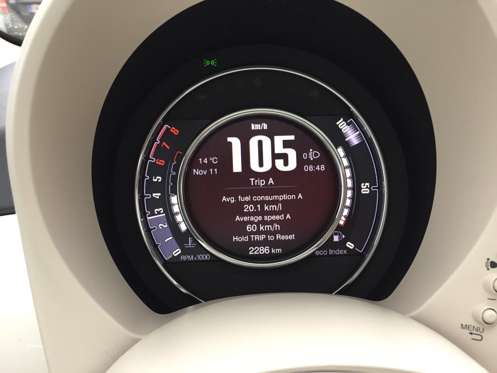 Fiat 500 har fået digitalinstrumentering i topmodellen. Fint og fremsynet.