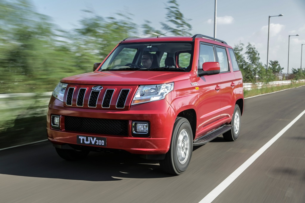 Mahindra TUV 300 ligner et halvkikset og letbenet forsøg på at lave en indisk Jeep Grand Cherokee.