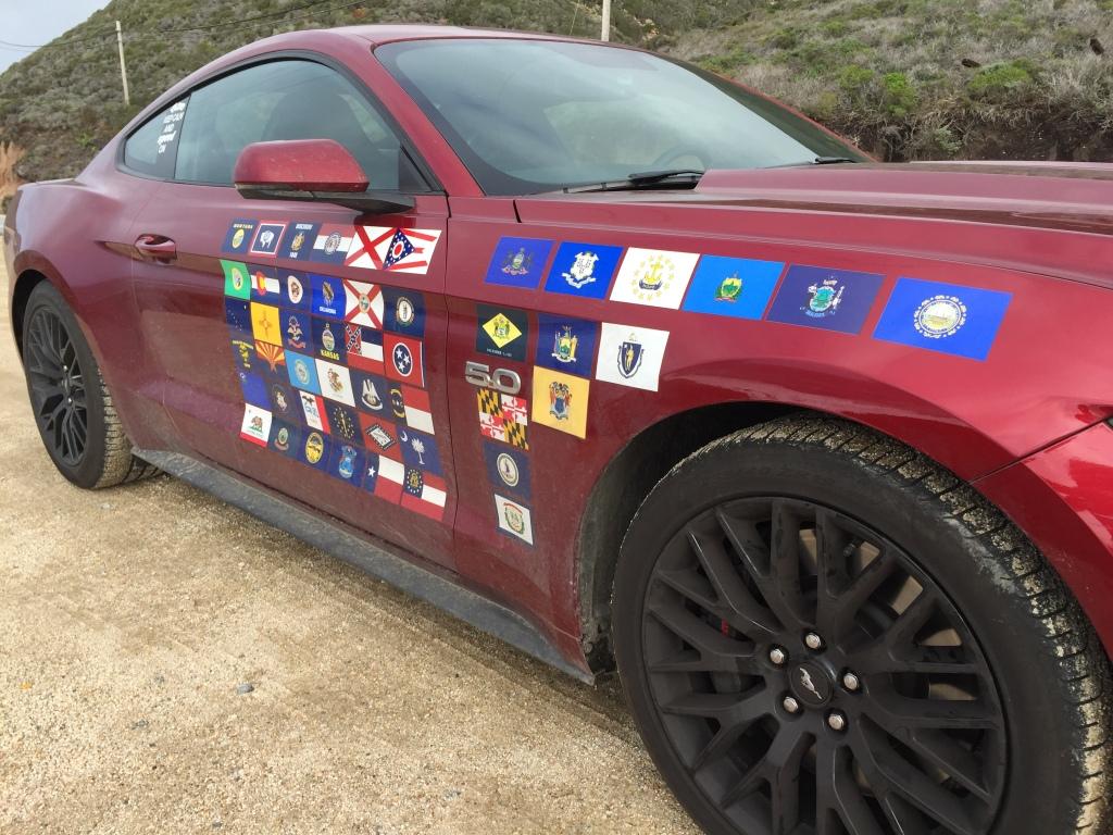 Et flag per stat. Den her bil har set alt det USA har at byde på - fra ørkener til sne i Alaska.