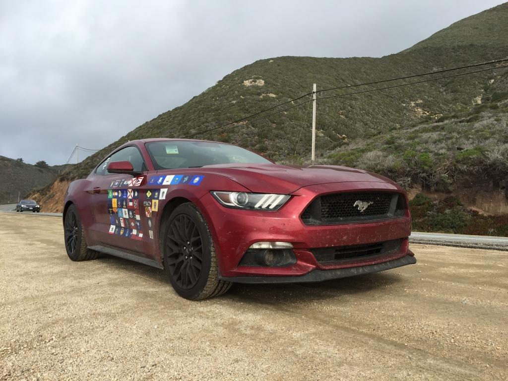 Med alle statsflagene på siden fra de stater Top Gear var igennem. Små 12.000 miles på et par uger.