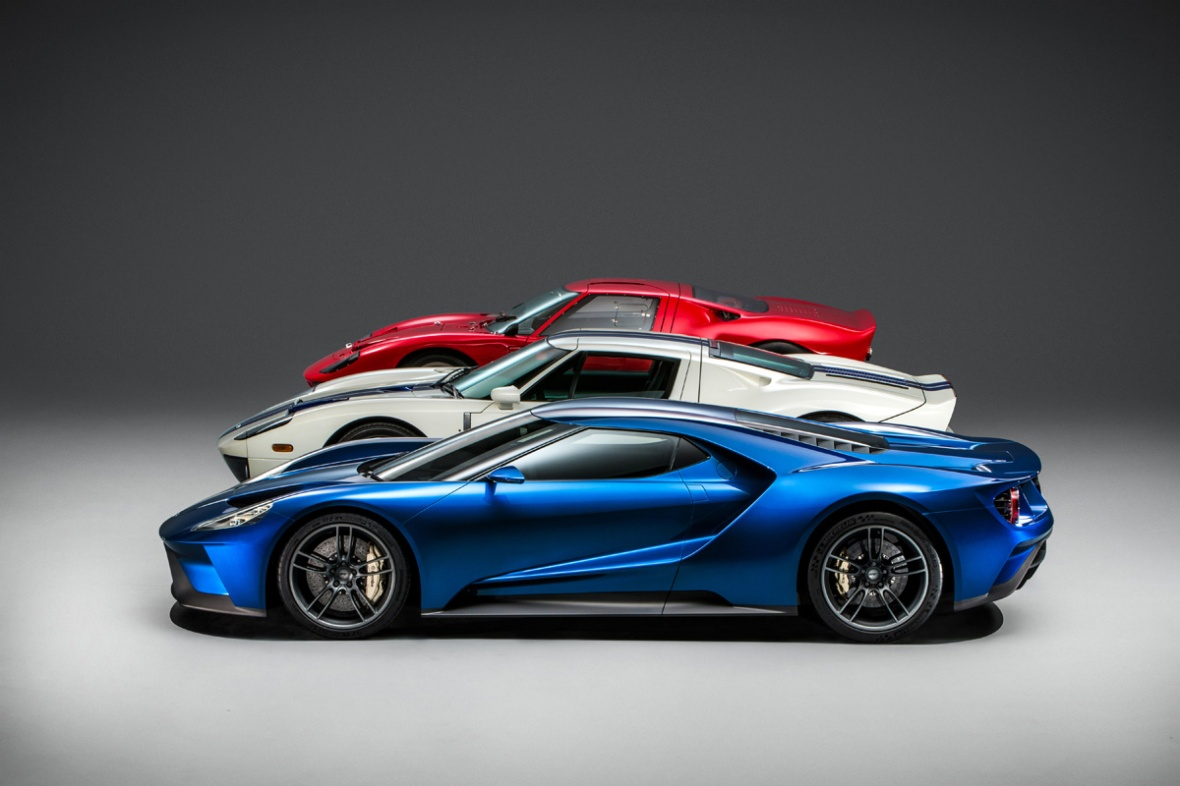The all-new Ford GT (blue) along with the 1966 Ford GT40 (red) and the second-generation Ford GT Number One (white).