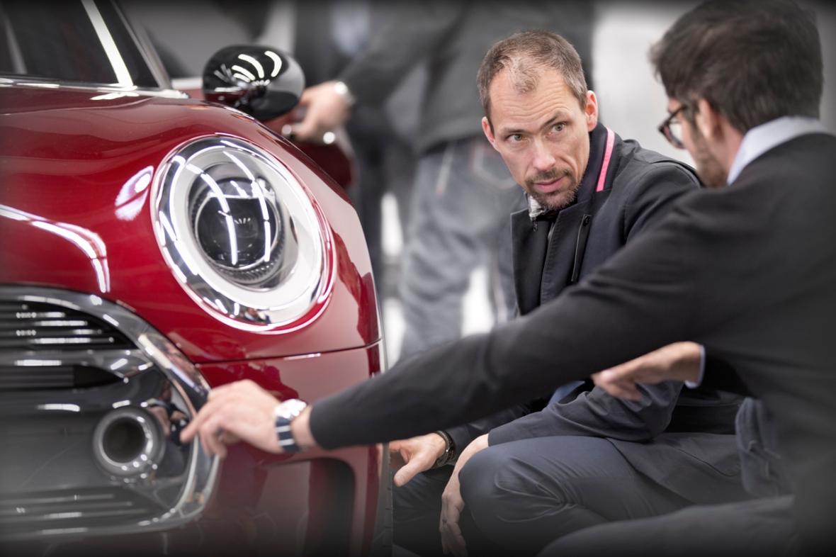 Anders Warming lever og ånder for bildesign, og han er nok den dansker, der er nået allerlængst i det globale automobile designhieraki.