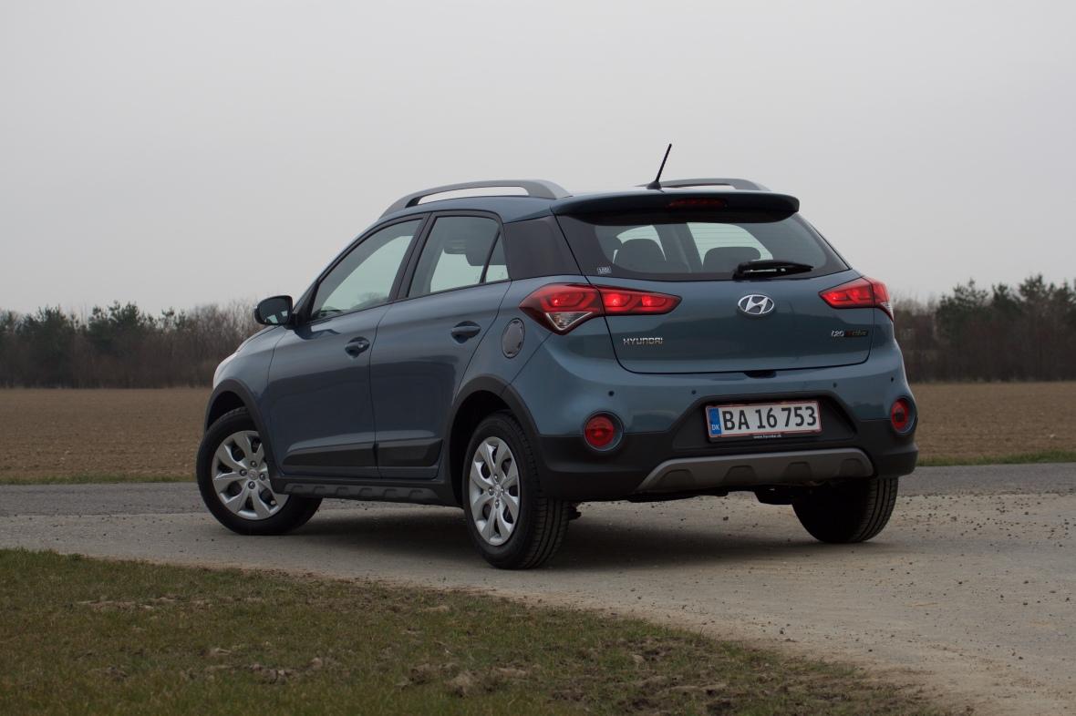 Hyundai i20 Active Cross er opgivet til 22,2 km/l, men uden at tænke over det, kunne min hustru ikke få den højere op end 15,6 km/l. Men det var inden hun kom på turbo-øko-kursus.