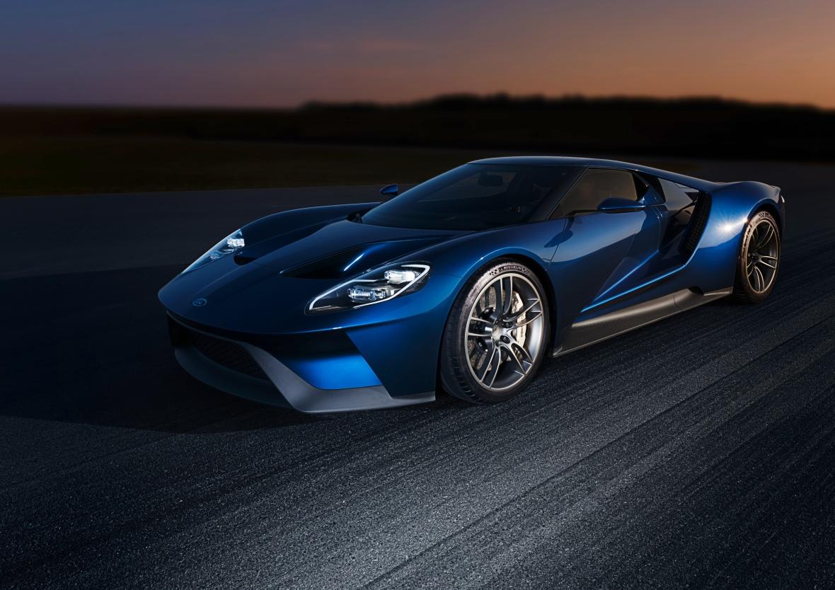 Den ser hamrende skarp ud den nye Ford GT. Der bliver kun lavet 3500 biler, og den raison d'etre er og bliver Le Mans.