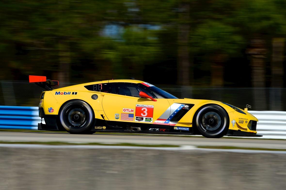 Jan Magnussens amerikanske V8 racermonster fra Corvette.