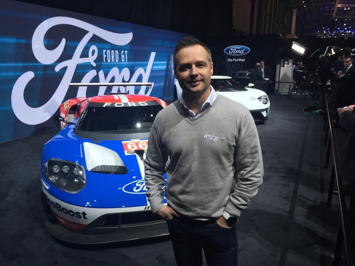 Jeg mødte Andy Priaulx på biludstillingen i Geneve i marts til en snak om hans forventninger til den Ford GT, han blandt andre skal køre på Le Mans i weekenden.