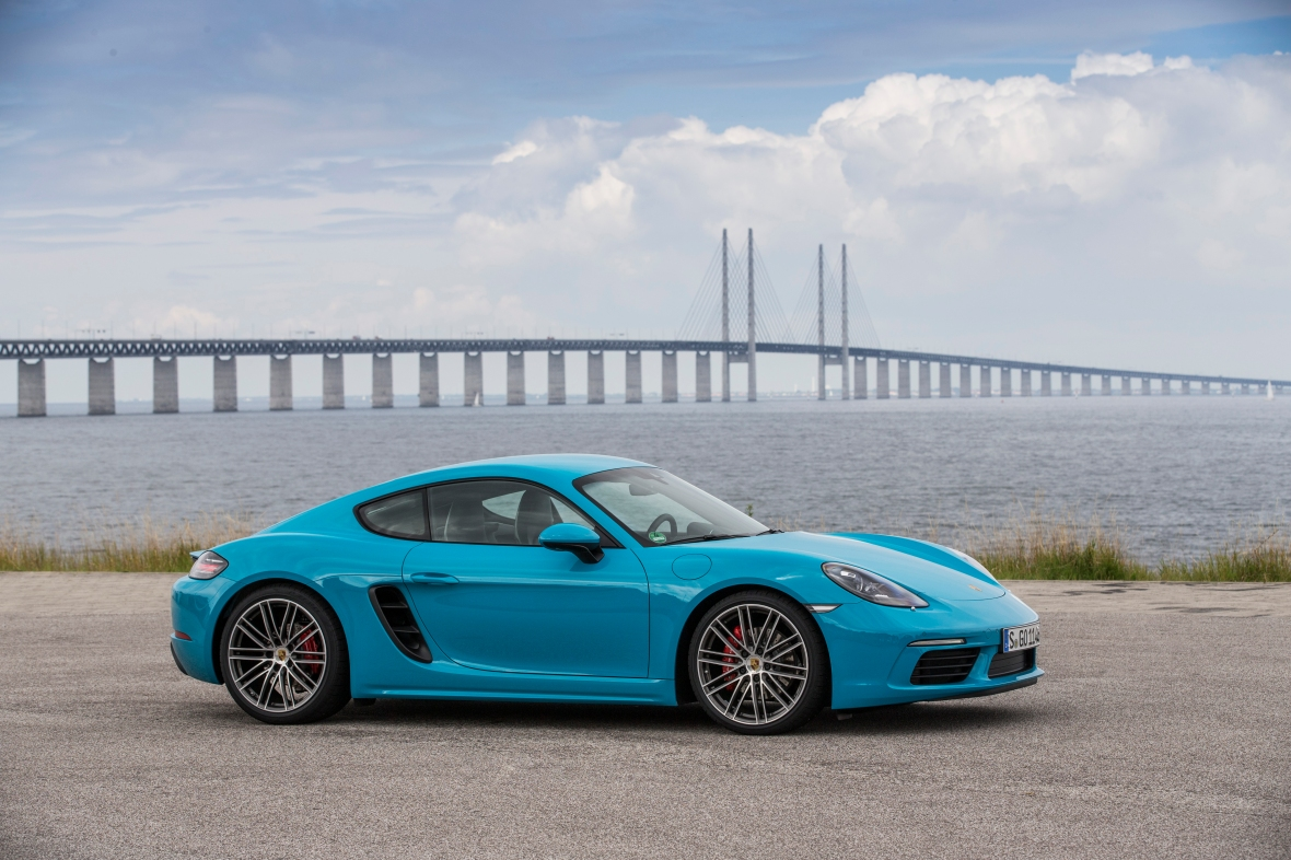 Sydsverige lagde asfalt til testen af den nye Cayman, og den afslørede, at verdens allerbedste sportsvogn nu er blevet endnu bedre.