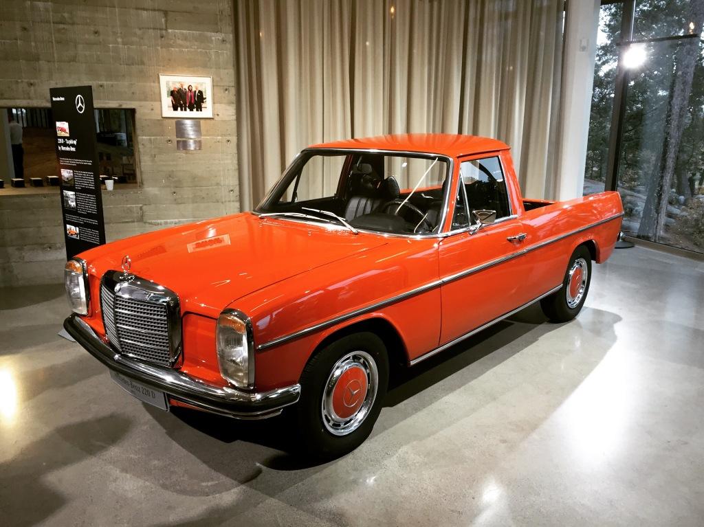 I 1970'erne lavede man en kort årrække denne ombyggede Mercedes pickup i Argentina. Det var den første Mercedes pickup, men X-Klassen bliver den første regulært terrængående Mercedes pickup, som ikke er en garageombygning eller lille nicheproduktion.